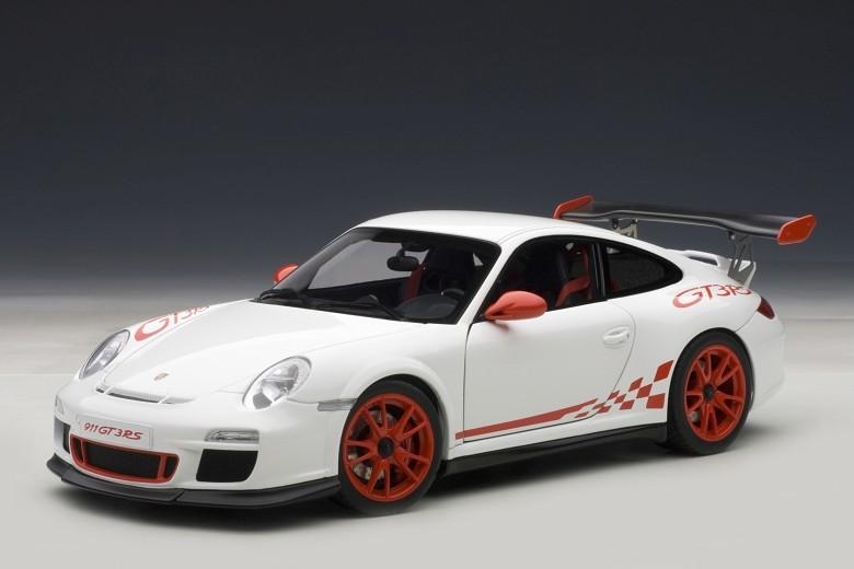 AUTOART 78143 - 1 18 performances PORSCHE 911 (997) gt3 RS 3.8 (Carrera blanc Ace