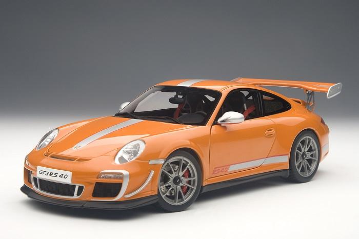 Autoart 78148 - 1   18 porsche 911 gt3 rs 4.0 (1997) (2011) - Orange - neu