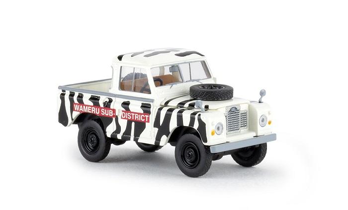 1:87 Brekina Land Rover 88 Hardtop weiß #13854