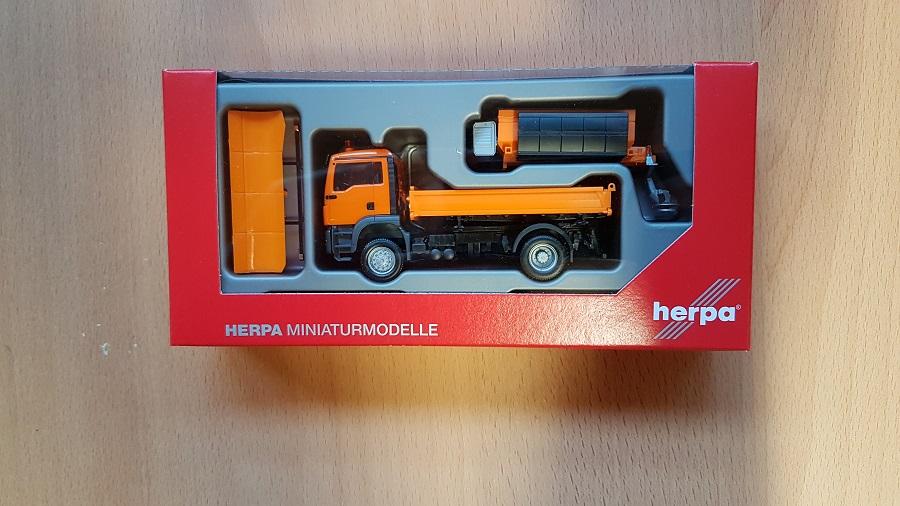 Herpa 308656  MAN TGS M Euro 6c 4x4 Winterdienst kommunal 1:87 NEU in OVP
